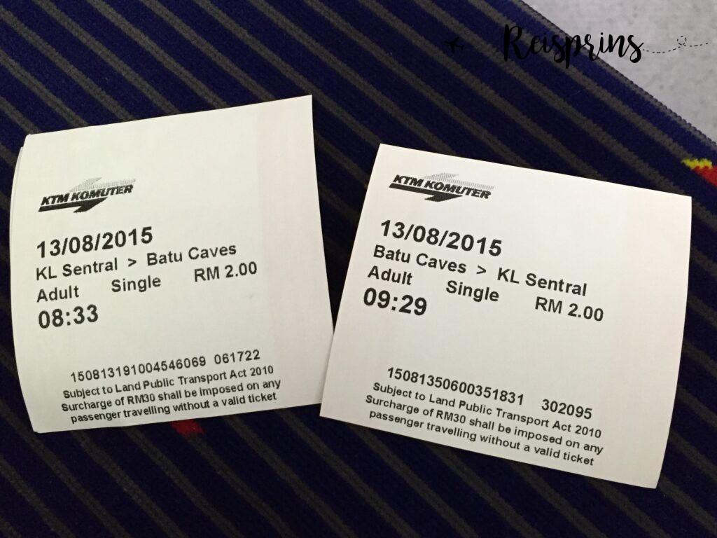 Onze kaartjes naar de Batu Caves voor maar 2 MYR (ongeveer €0,20)